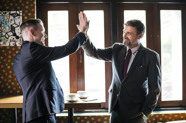Gehaltsverhandlung: Die 3 besten Tipps, um Deinen Chef zu überzeugen!